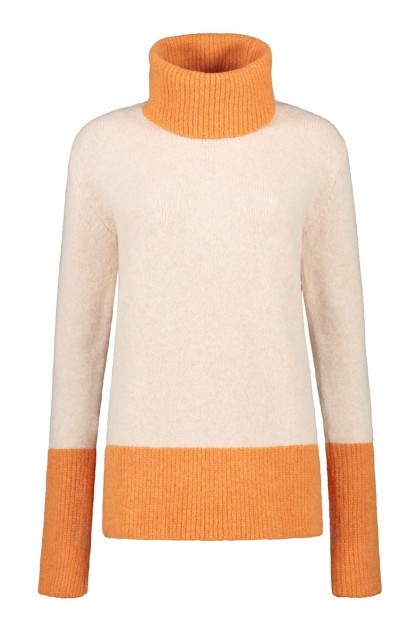 Only M Sweater - Loose collar cream